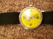 Vintage Snoopy Tennis character watch, Yellow dial, animated second Time